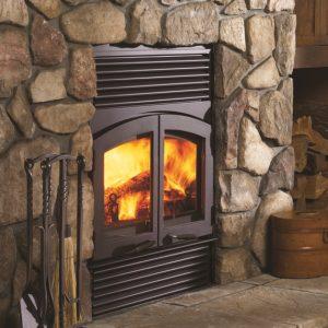 Regency Classic™ R90 Wood Fireplace